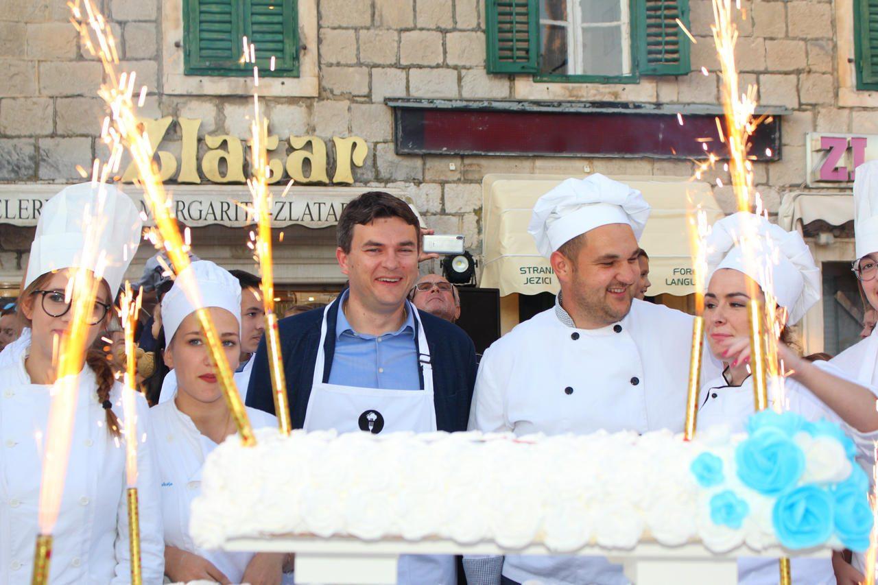 Torta_Gradu-2019-06