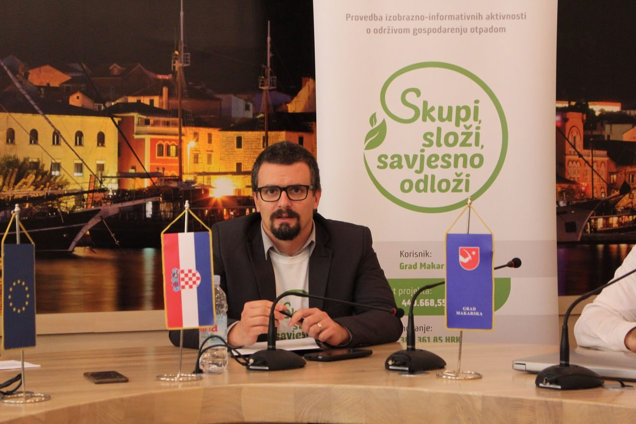 skupi_slozi_press-02