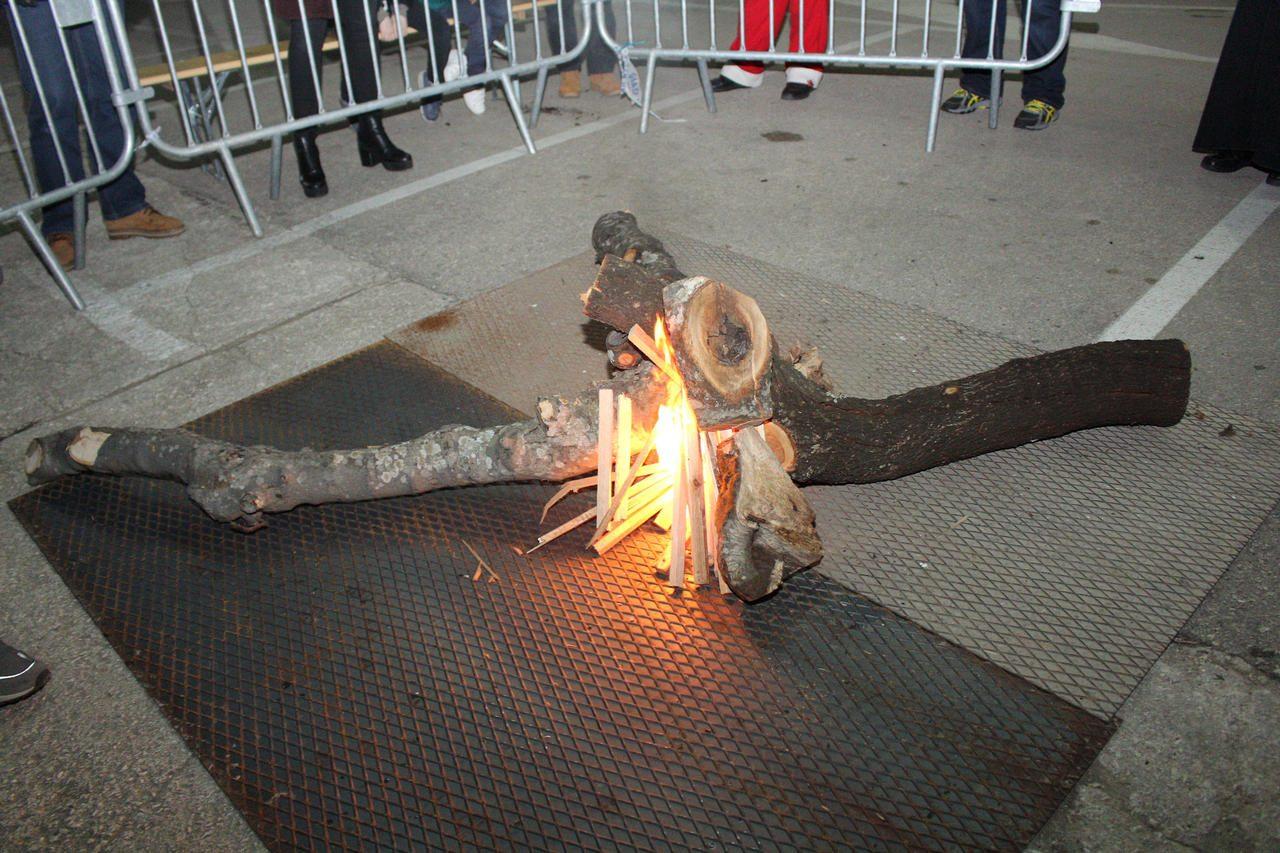 paljenje-badnjaka-2019-12