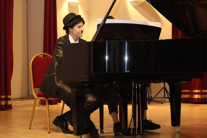 piano-maskenbal-06
